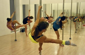 Ukázková lekce Pole Dance